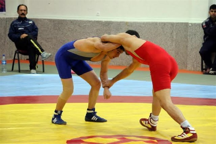 پایان رقابت های کشتی آزاد و فرنگی جوانان در رودبار