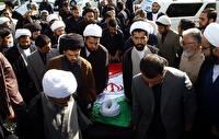 تشییع پیکر طلبه مشهدی در مشهد