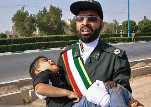 یک دقیقه سکوت به احترام شهدای ترور در اهواز