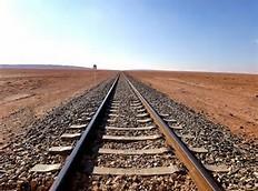 کاهش ۳۰۰ کیلومتری مسیر لار – مشهد با اتصال لارستان به خطوط ریلی کشور
