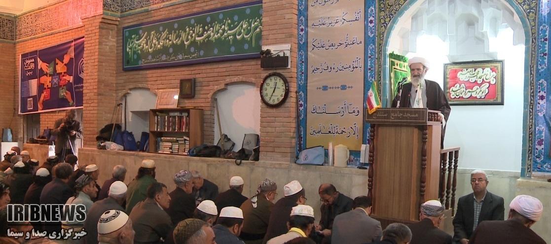 امام جمعه سنندج؛ راهپیمایی پرشور 13 آبان تجدید بیعتی دوباره با آرمانهای امام راحل و شهدا بود