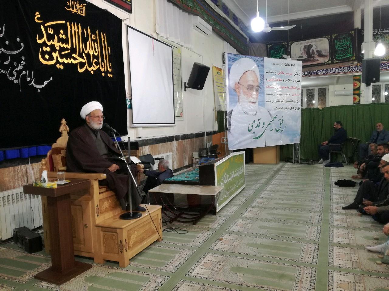 در رفسنجان؛ مراسم گرامیداشت حجتالاسلام شیخ عباس پورمحمدی یاردیرین امام و رهبری