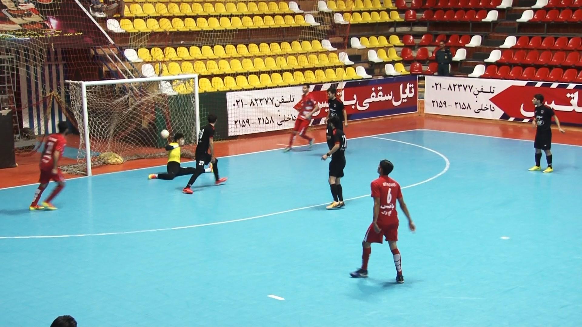 پیروزی تیم فوتسال گیتیپسند در برابر سوهان محمد سیما قم