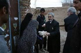 توزیع غذای متبرک حضرت رضا(ع) در روستاهای سنینشین تربت جام؛