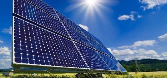 نصب پنلهای خورشیدی در مناطق محروم با همکاری بسیج
