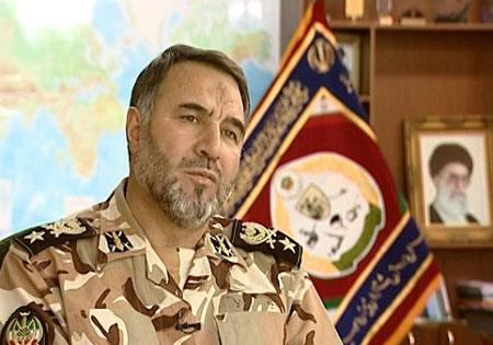 ارتش و سپاه در کنار هم حافظ امنیت ایران هستند