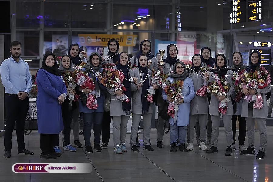بازگشت تیم بسکتبال گروه بهمن به ایران - 0