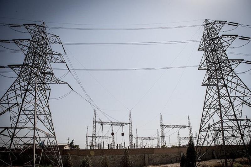 مشکل در رفع خرابی های شبکه برق مناطق سیل زده