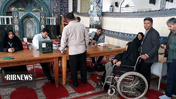 ایران قوی/ نمایش شکوه حضور مردم استان بوشهر در انتخابات