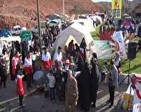 فروش مواد غذایی به نفع سیل زدگان در مهدیشهر