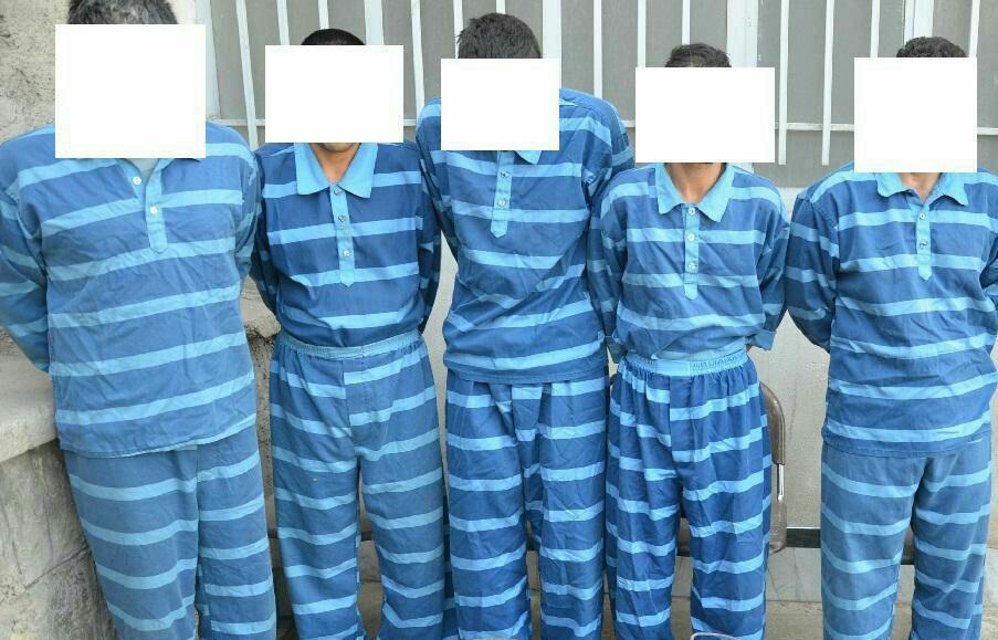 دستگیری 20 متهم تحت تعقیب در تیران و کرون