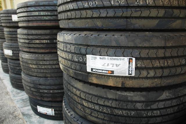 کشف ۲۰۰ حلقه لاستیک قاچاق در کنگاور