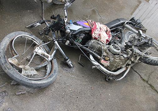 تصادف جان ۲ راکب موتورسوار را گرفت