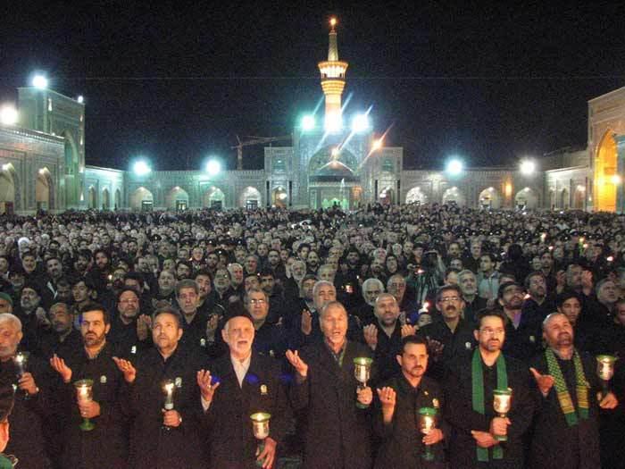 آغاز آیین شام غریبان حضرت سیدالشهدا (ع) در مشهد