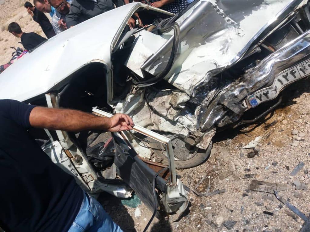 یک کشته و ۱۸ مصدوم در جاده های داراب و زرین دشت