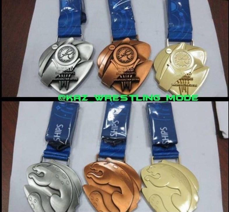 رونمایی از مدالهای مسابقات جهانی کشتی