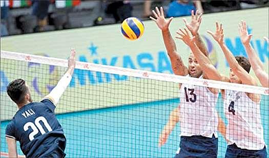 ملی پوشان والیبال ایران ست سوم را به  امریکا دادند