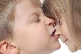 چرا کودکان گاز می گیرند؟