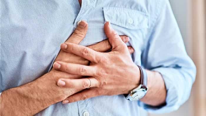 درد قفسه سینه نشانه چه بیماریهایی است؟