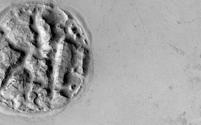 ۱۰ کشف عجیب در مریخ