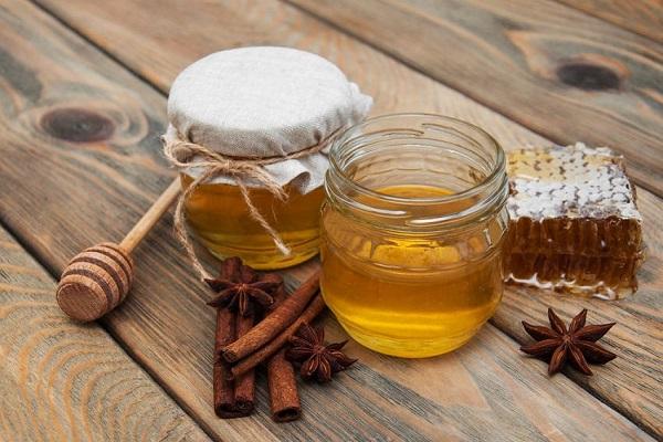 فواید عسل و دارچین برای سلامت انسان