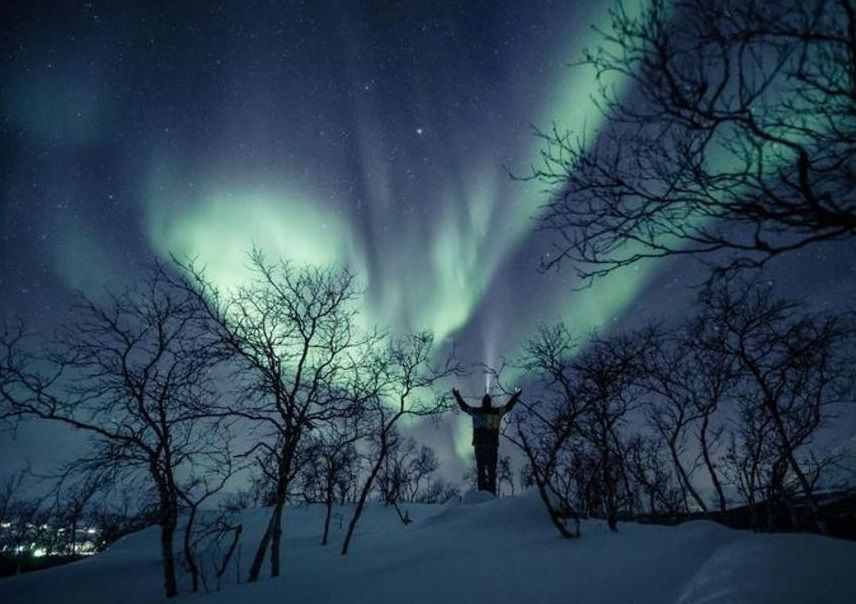 شب تماشایی فنلاند با پدیده شفق قطبی
