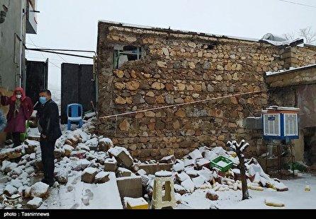 وعده بازسازی منازل زلزله زده سی سخت