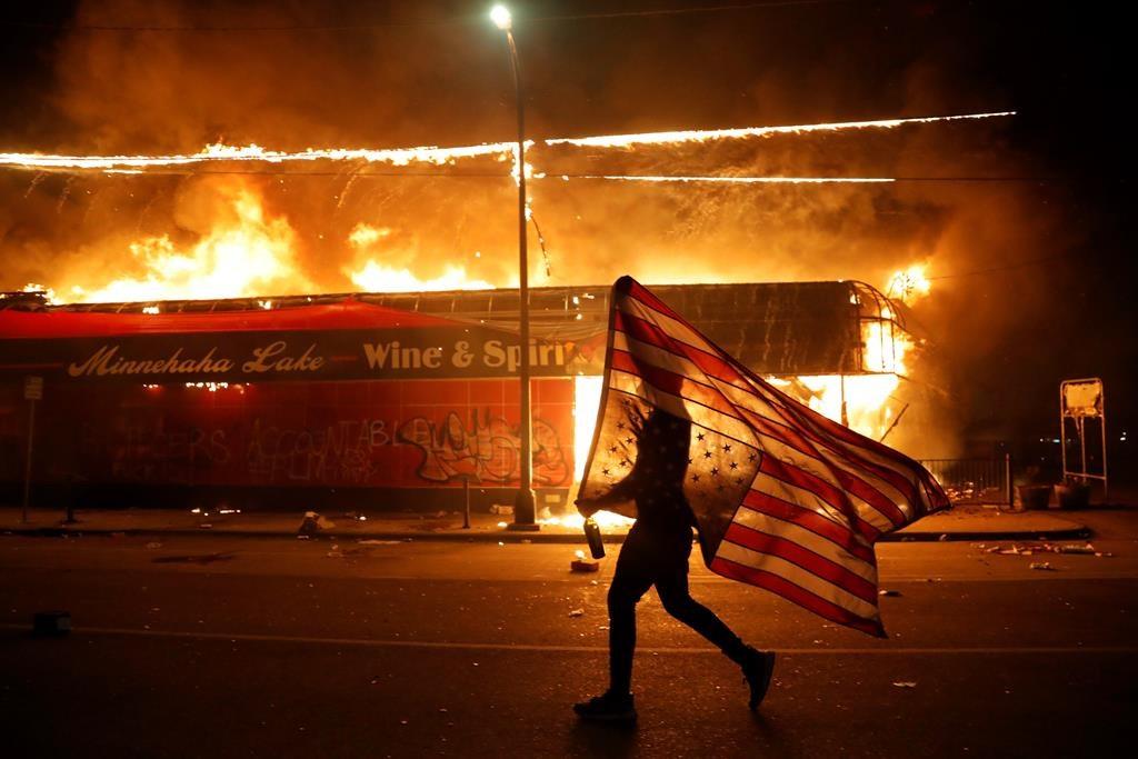 پایانی بر رویای جهان شمولی آمریکا