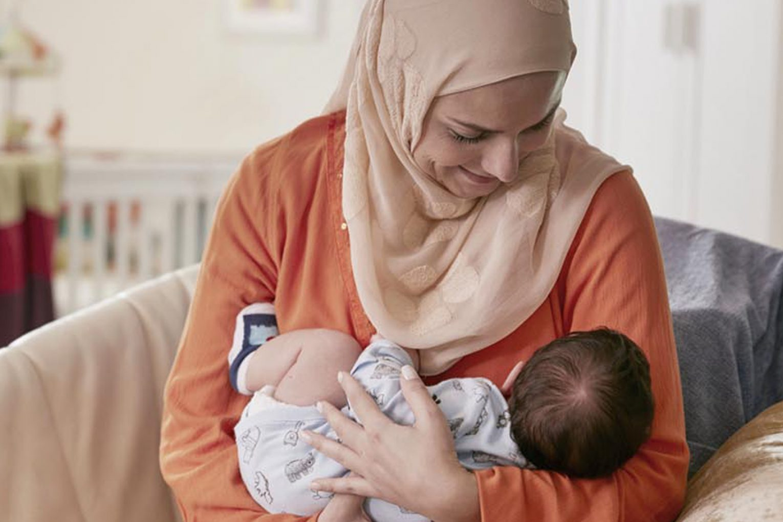 کرونا با شیر مادر منتقل نمی شود