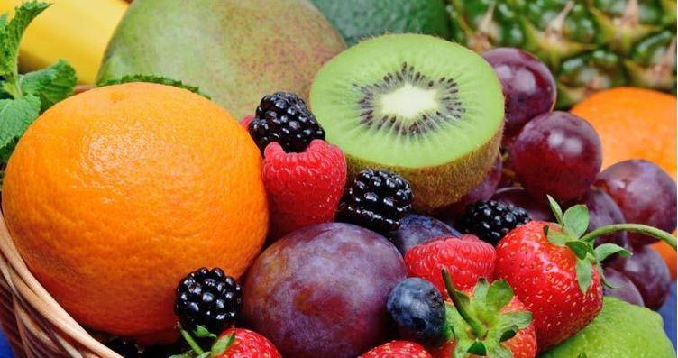 درمان خانگی آسم با ۱۰ دمنوش و میوه