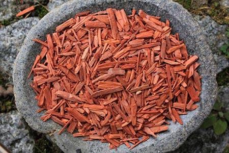 صندل قرمز گیاهی با فواید فراوان