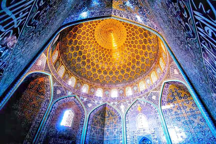 جهانگردان از جاذبههای ایران گیج میشوند