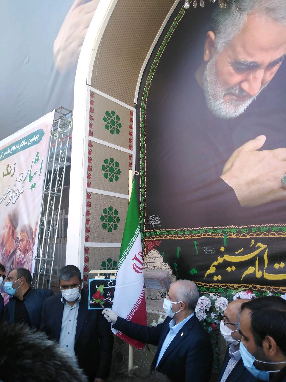 نواخته شدن زنگ ایثار، مقاومت و پیروزی در جوار مزار شهید سپهبد سلیمانی