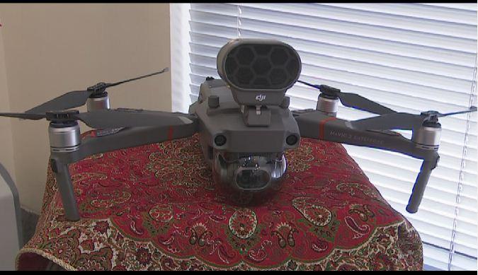 انجام پایشهای شبکه توزیع برق یزد با ربات پرنده