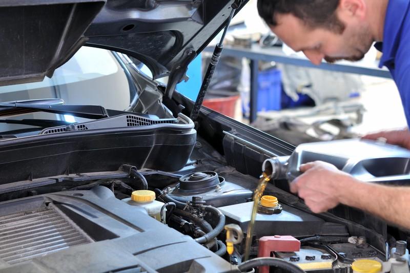 اوج گیری قیمت روغن موتور در بی توجهی سازمانهای ناظر