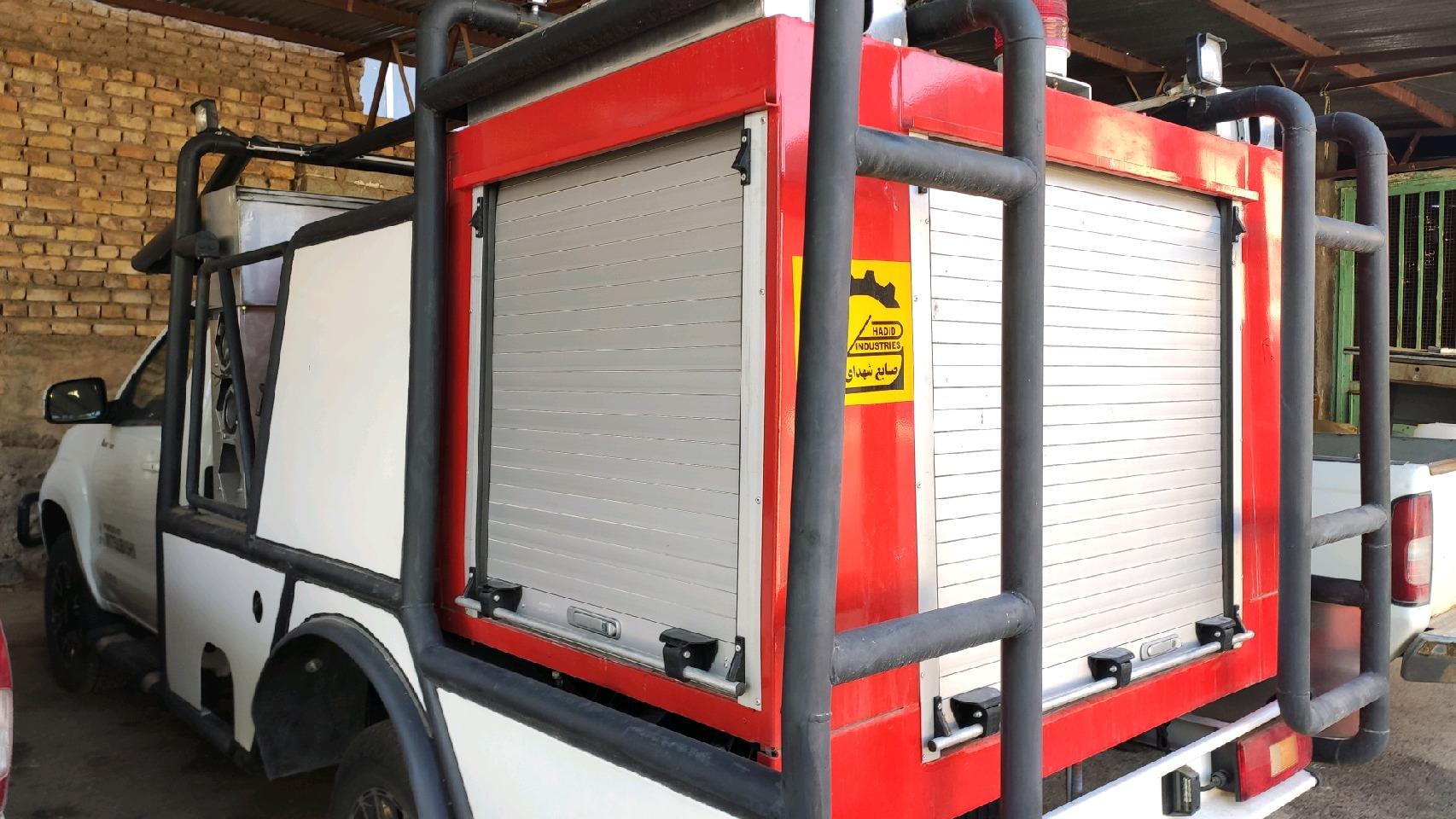 تجهیز اداره منابع طبیعی اردستان به یک دستگاه خودرو آتش نشان جنگلی