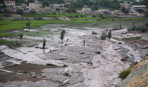 هشدار تشدید بارش و خطر سیلاب در جنوب غرب کشور /برف و باران در جادههای ۱۳ استان