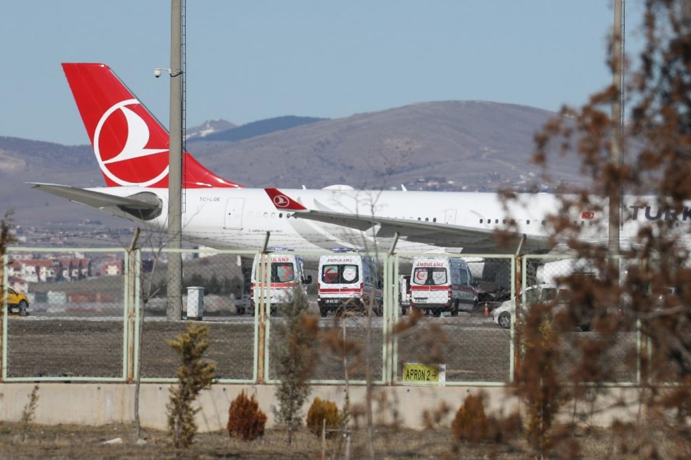 انتقاد از تاخیر در لغو رفت و آمدهای میان ایران و ترکیه