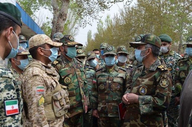 بازدید فرمانده کل ارتش از لشکر ۱۶ زرهی نیروی زمینی ارتش
