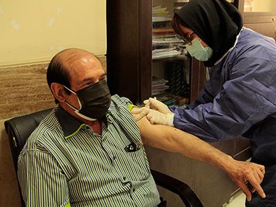 واکسیناسیون پزشکان بوشهری آغاز شد