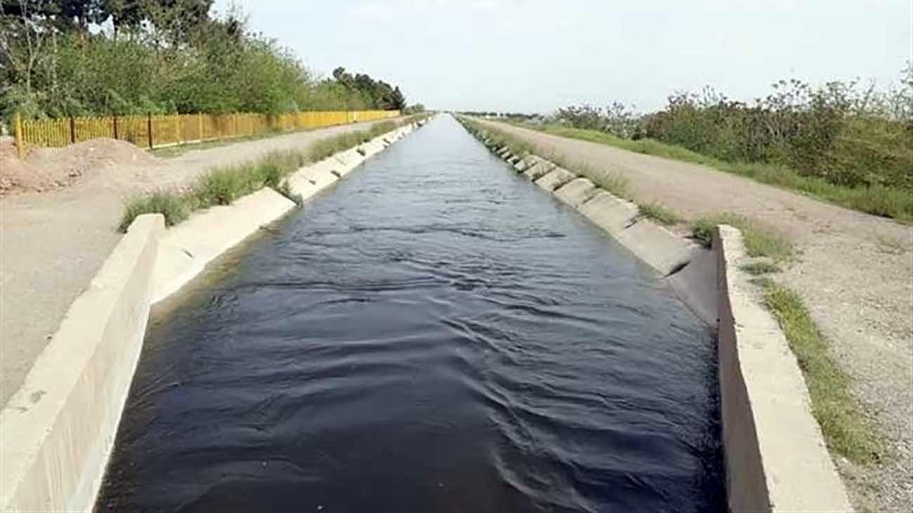 کشاورزان چشم انتظار آب گذاری!/ اعلام زمان آب گذاری کانال های آب کشاورزی