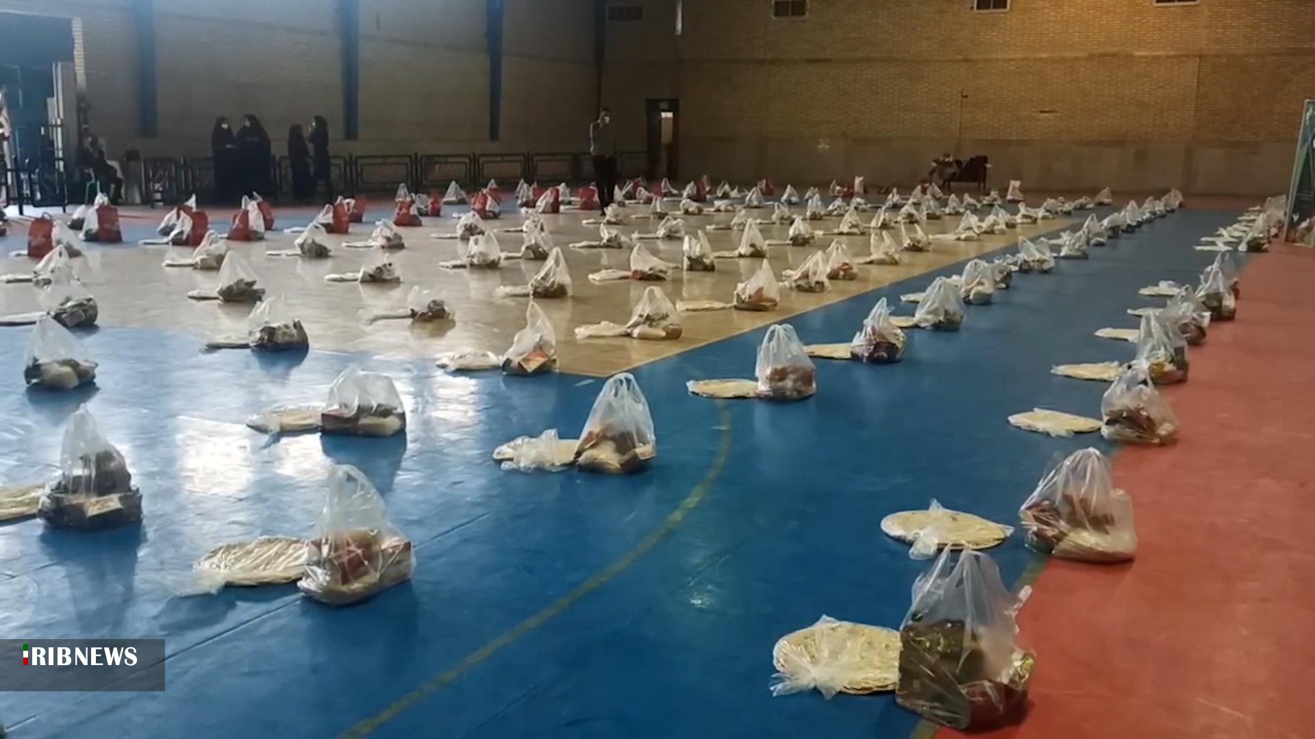 بنیاد آبشار عاطفههاو پایگاه بسیج شهید منتظری وزوان :توزیع بیش از ۳۵۰ بسته معیشتی و بهداشتی