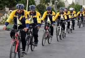 رکاب زدن دوچرخهسواران ارومیه ای از مسیر ارومیه تا حرم امام خمینی(ره)