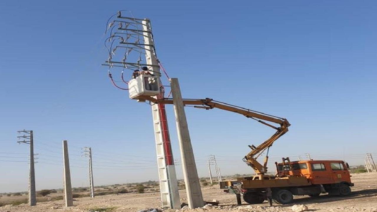 بهره برداری ۵ طرح برق رسانی در استان بوشهر
