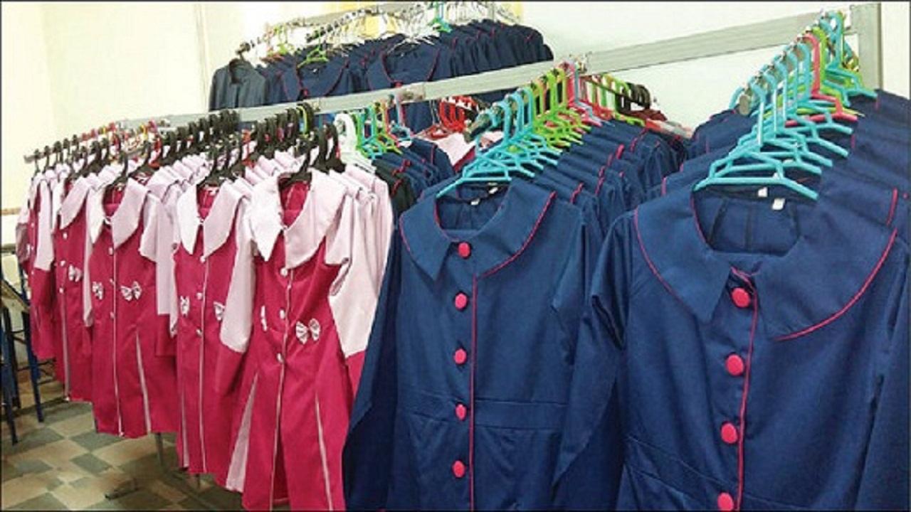 قیمت و کیفیت پوشاک دانش آموزان نباید انحصاری باشد
