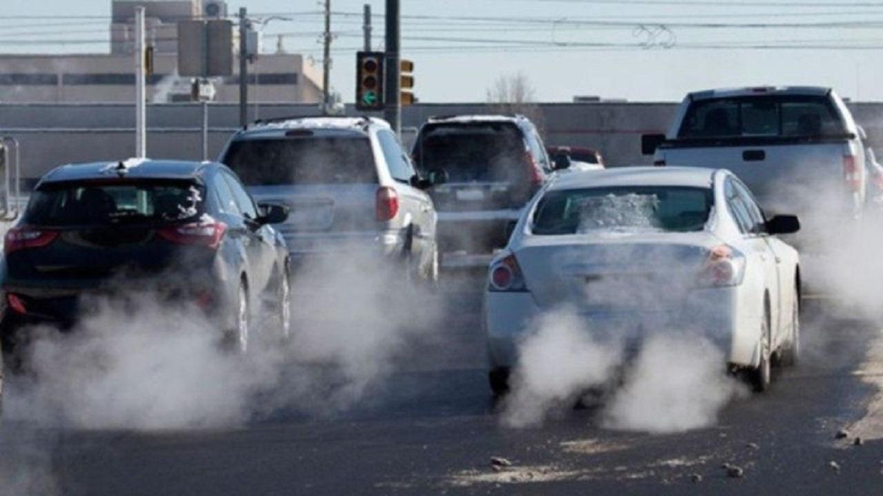 اجرا نشدن طرح جریمه خودروهای فاقد معاینه فنی قابل قبول نیست