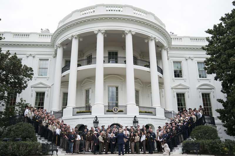 کاخ سفید منشا همه اعتراضات در جهان