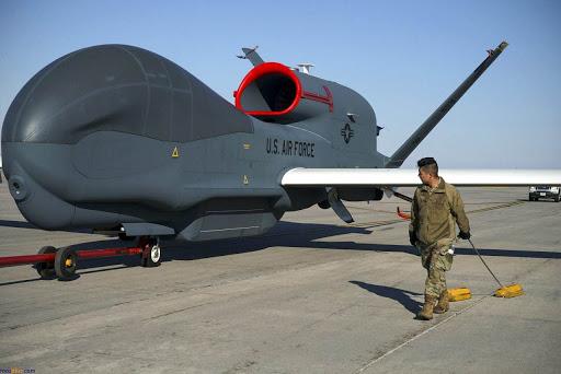 سقوط پهپاد «آر کیو-۴ گلوبال هاوک» نیروی هوایی آمریکا