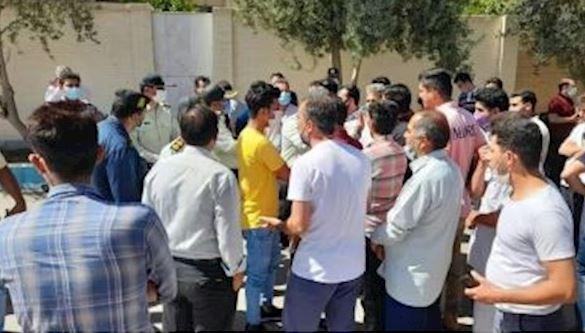 اعتراض نانوایان یزدی به قیمت گذاری نان