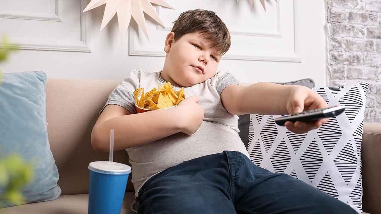 اضافه وزن و چاقی در میان کودکان و نوجوانان با شیوع کرونا